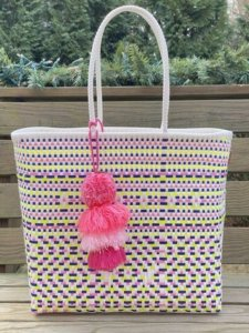Squeeze de Citron Bags are hand woven from recycled plastic from mexican artisans
